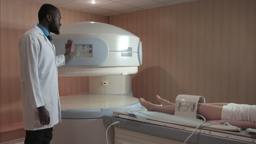 МР томограф открытого типа